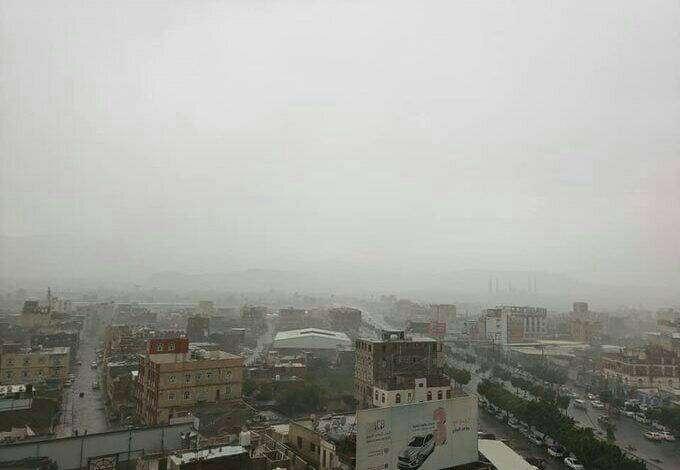 الأرصاد يتوقع استمرار هطول الأمطار على هذه المحافظات اليمنية