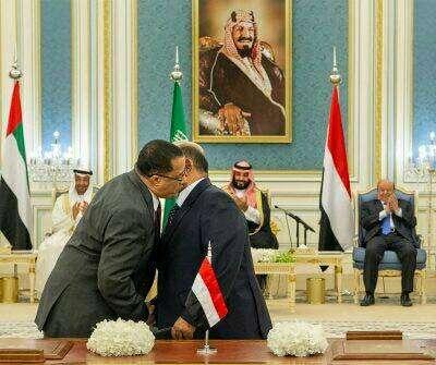 صحفي سعودي:  من يغازلون إيران والحوثي ويتهربون من تنفيذ اتفاق الرياض سيندمون