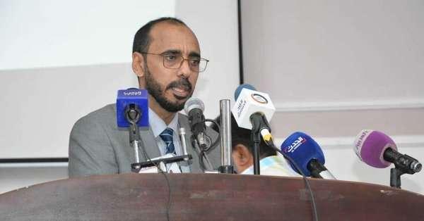 """الكشف عن """"اتفاق"""" بين الحكومة """"الشرعية"""" والسعودية يخص سقطرى"""